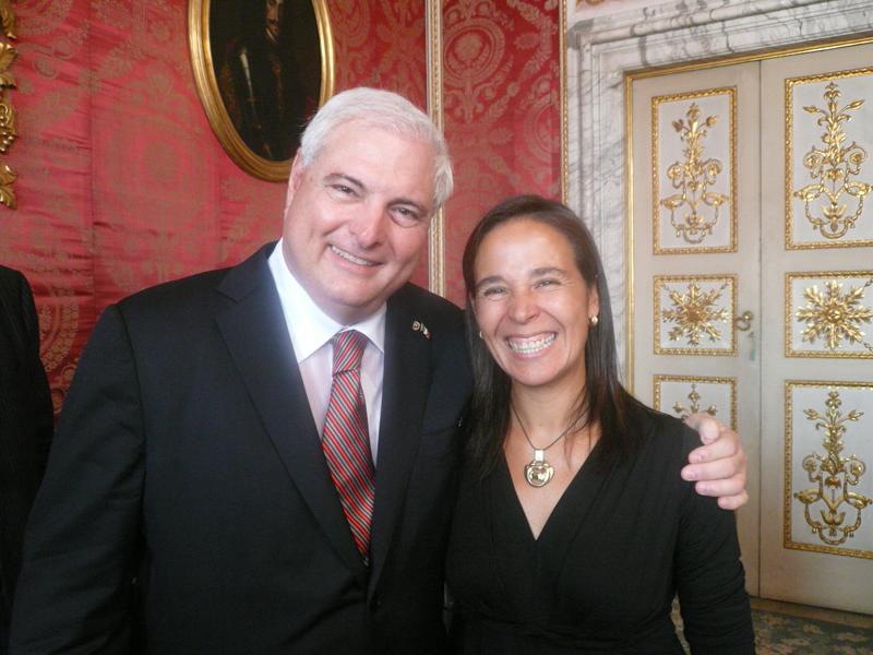 Patricia con il 49° presidente di Panama Ricardo Martinelli