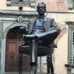 Giacomo Puccini statua